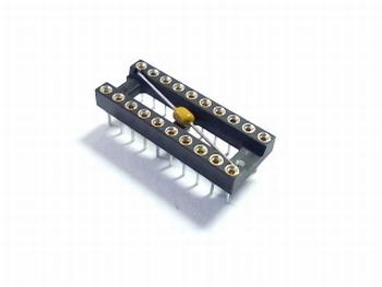 Precisie 20 pins IC voet met 100NF condensator