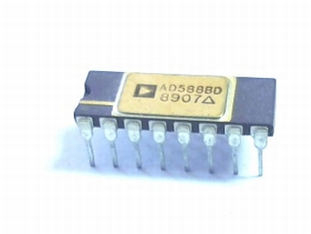 AD588BD  v-ref programmable 5V/10V