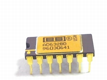 AD632BD analog multiplier 20V/s 4 bit