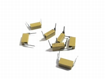10 x Ceramic capacitor 100nF 10% 50V type MD015C104KAB