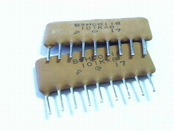 Keramisch condensator netwerk 8x 100pf