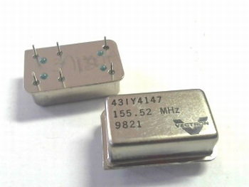 Quartz crystal oscillator 155,52 mhz