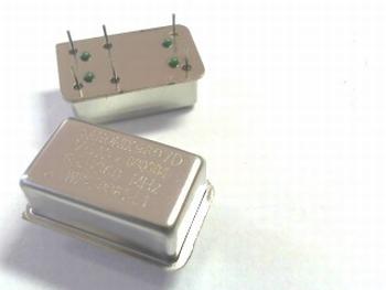 Quartz crystal oscillator 65,536 mhz