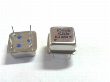 Quartz crystal oscillator 60 mhz