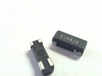 Quartz crystal SMD 6,1440 mhz