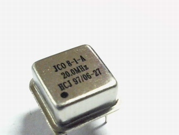Quartz kristal oscillator 20 mhz vierkant