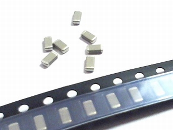 SMD ceramic capacitors 1206 - 390pF