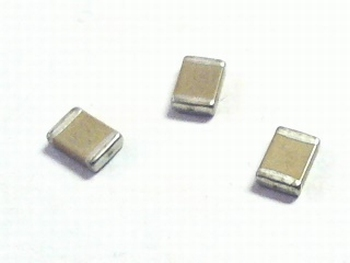 SMD keramische condensator 1812 - 680nF (0,68uF)