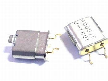 Quartz crystal SMD 4 mhz