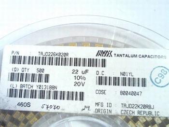 500 x SMD Tantaal condensator op rol 22uf 20V TAJD226K020R
