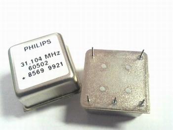 Quartz kristal oscillator 31,104 mhz