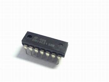 74LS132 - Quad 2-input NAND Schmitt Trigger