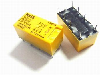 Relais DS2E-F-DC24V DPDT 24 volt DC