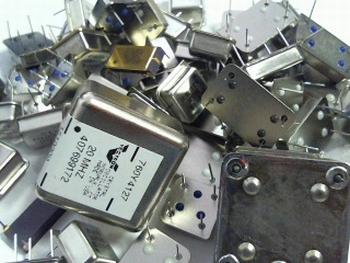 Assortiment Quartz oscillatoren 50 stuks en 25 frequenties