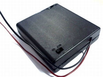 Battery holder for 4x AA cells closed with connection wires