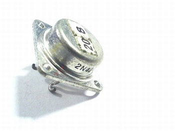 2N424 transistor NOS (New Old Stock)