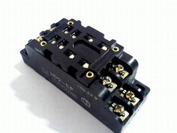 Relay socket HP2-SF for HP2 2-pole relay with screwcontacts