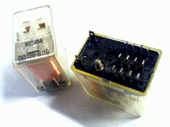 Relay V23154-D0720-B110- 20 volt 4PDT