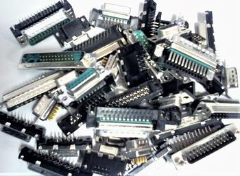 Grabbag 1 met 1 KG old school elektronica onderdelen