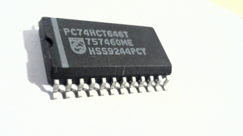 74HCT646T Octal bus transceiver/register;3-state SMD