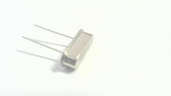 Quartz crystal 18 mhz HC49
