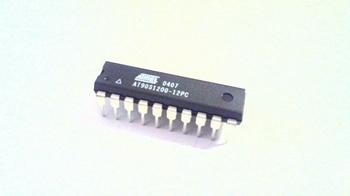 AT90S1200-12 DIP20