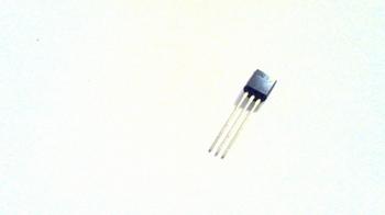 LE30CZ voltage regulator 3V 100MA TO92-3