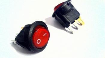 Schakelaar rond rood ON/OFF met verlichting 250V
