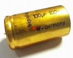 Electrolytical bipolar capacitors